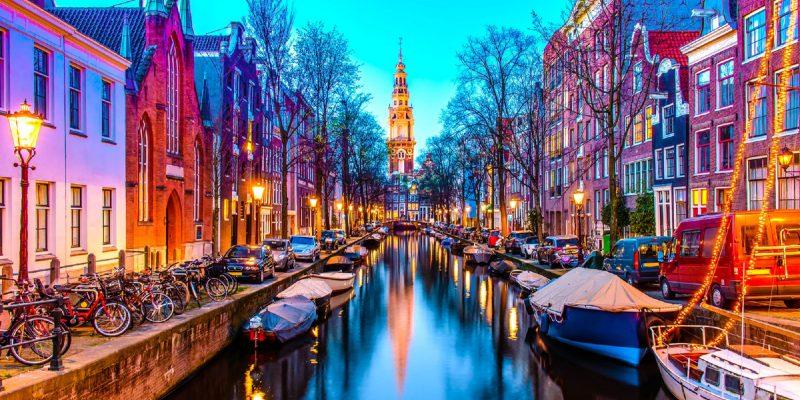Тур Берлин - Амстердам - Прага из Минска zuiderkerk-in-amsterdam-800x400