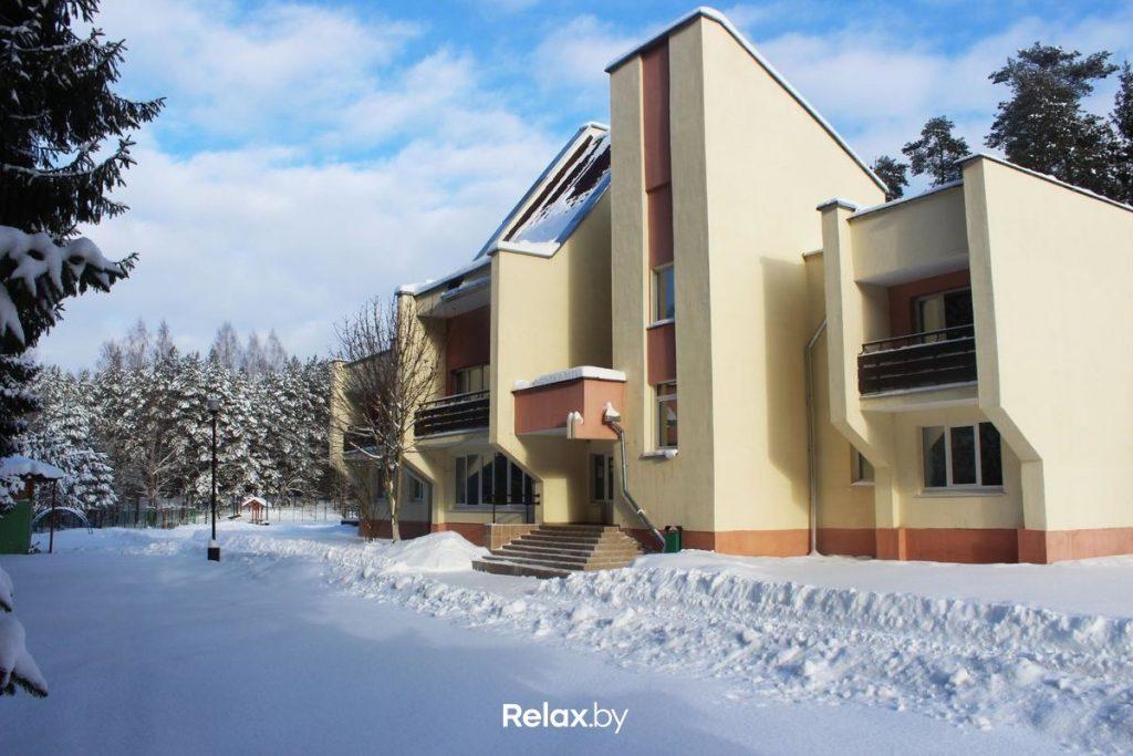 Встречаем Новый 2021 год в Беларуси в спортивно-оздоровительной базе